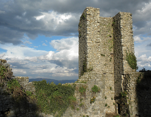 Piero Castle image